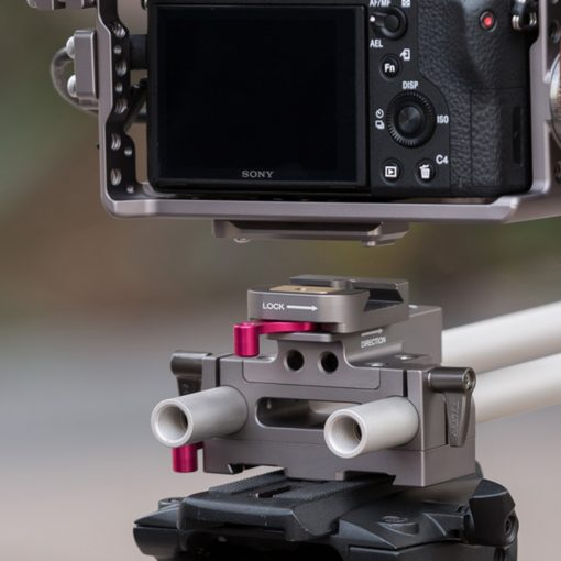 Sony Alpha Series Handheld Camera Cage Rig for the a7R, a7RII, a7S, and  a7SII (Tilta)