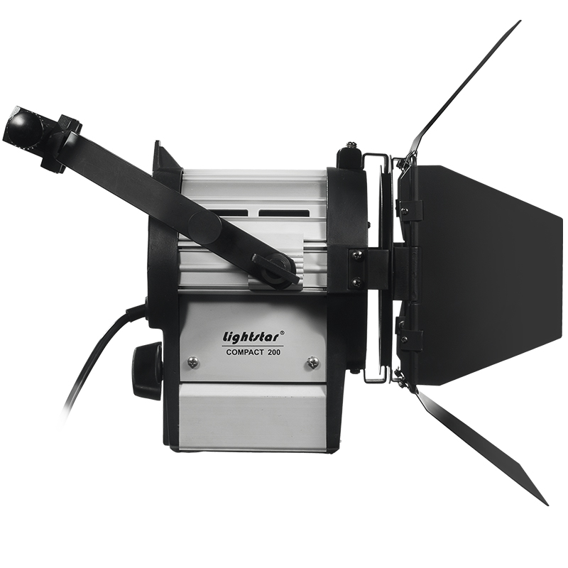 200 watt hmi fresnel light kit with electronic ballast lightstar includes 7 meter head to. Black Bedroom Furniture Sets. Home Design Ideas